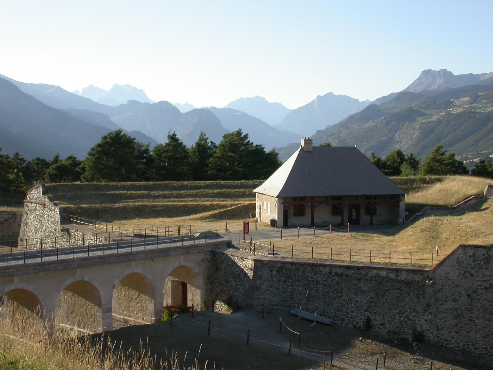 Citadelle_Mont-Dauphin