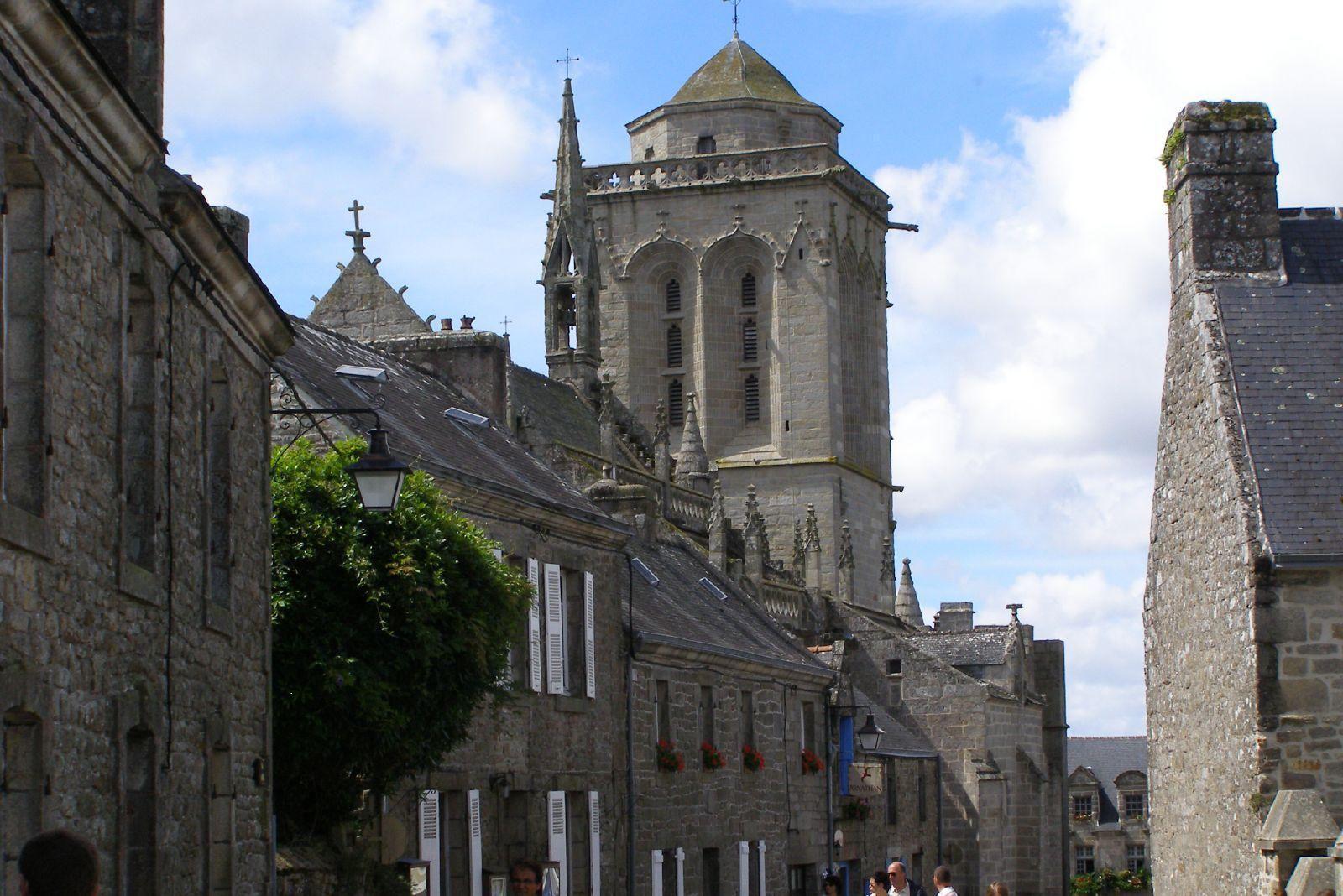 Image : Église Saint-Ronan et chapelle du Pénity