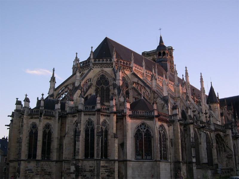 Cathédrale Saint-Cyr-et-Sainte-Julitte_Nevers
