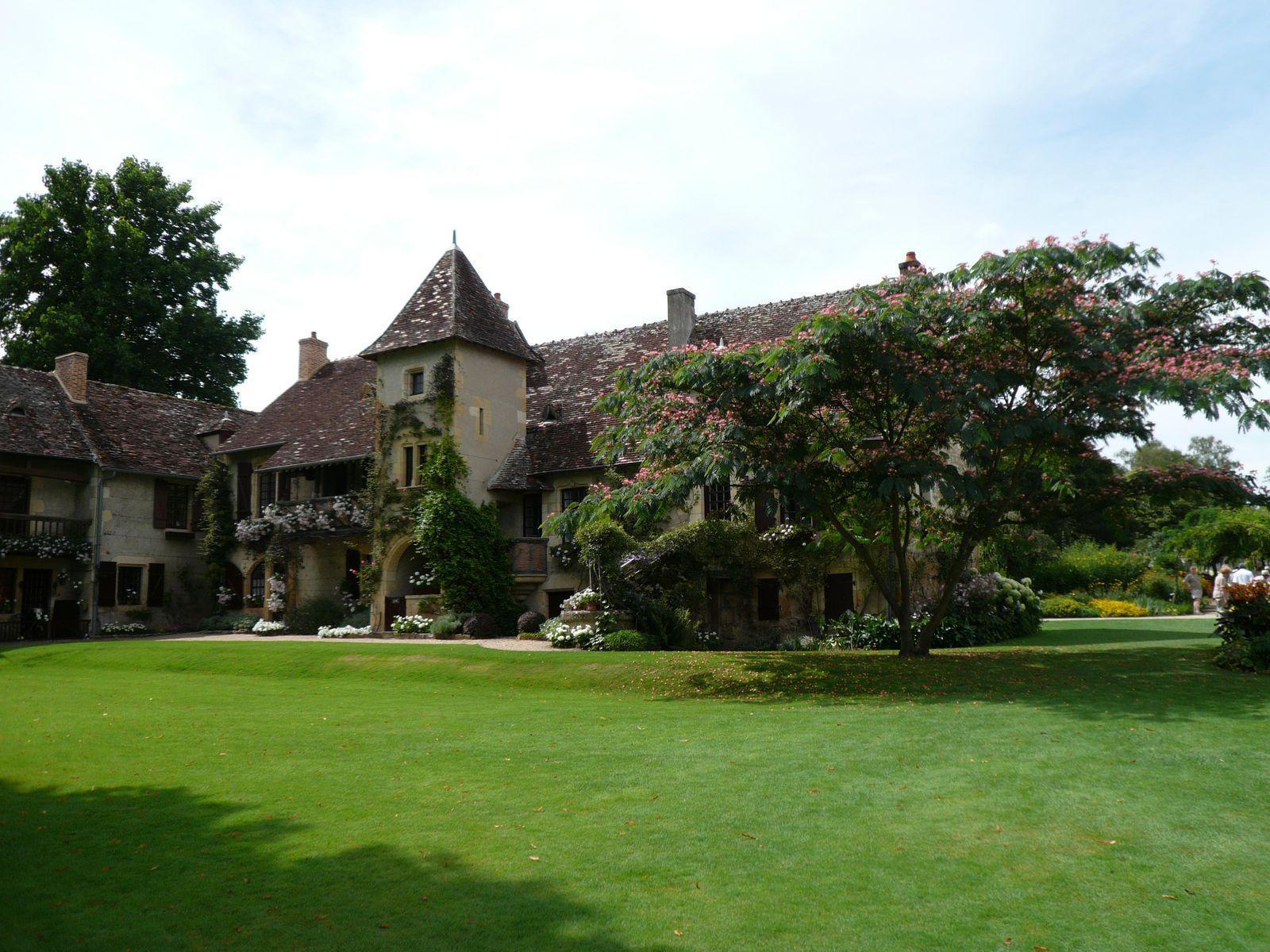 Parc floral d 39 apremont the best tourist place in the world for Apremont sur allier jardin