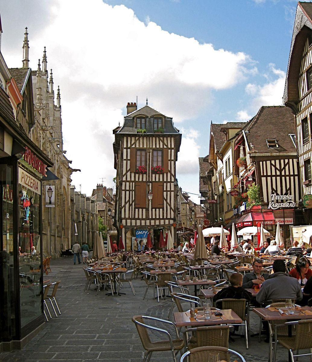 Troyes (1)