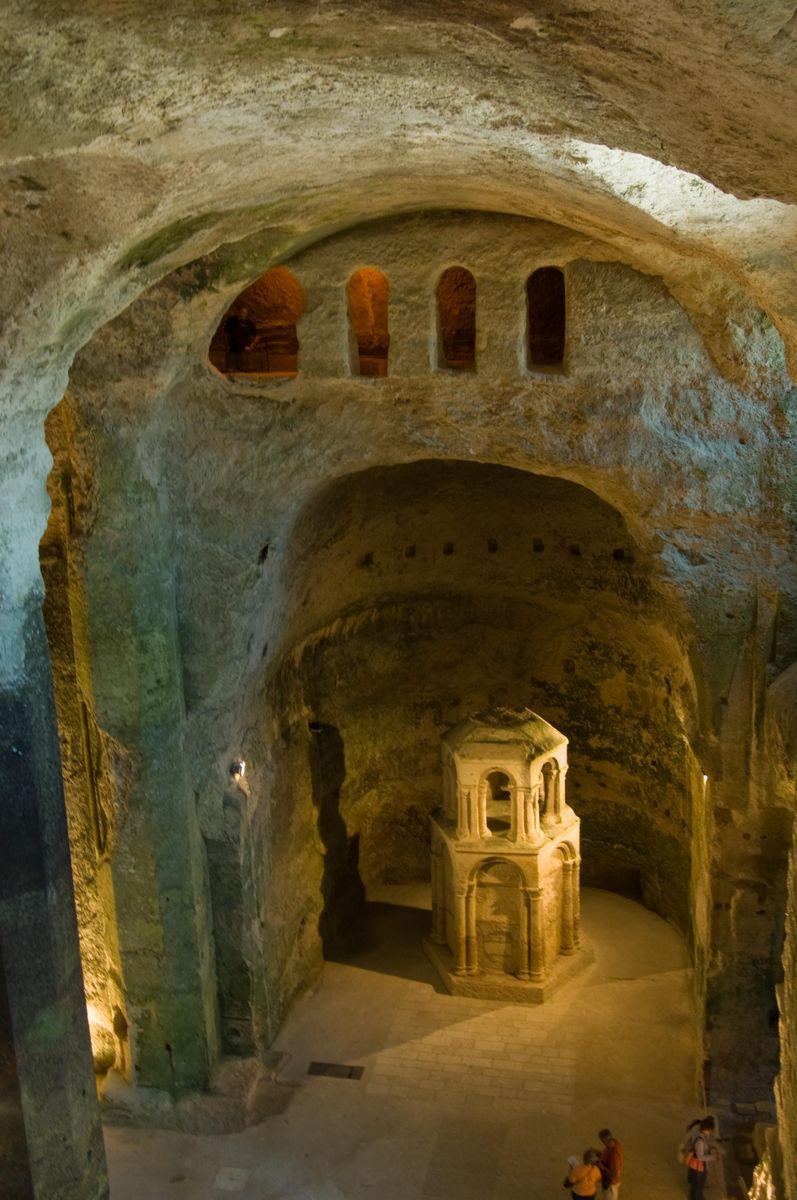 Église souterraine Saint-Jean_Aubeterre-sur-Dronne
