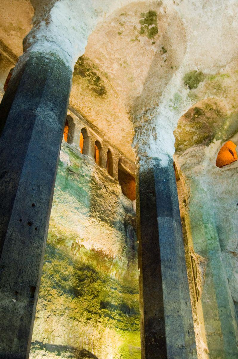 Église souterraine Saint-Jean_Aubeterre-sur-Dronne (1)