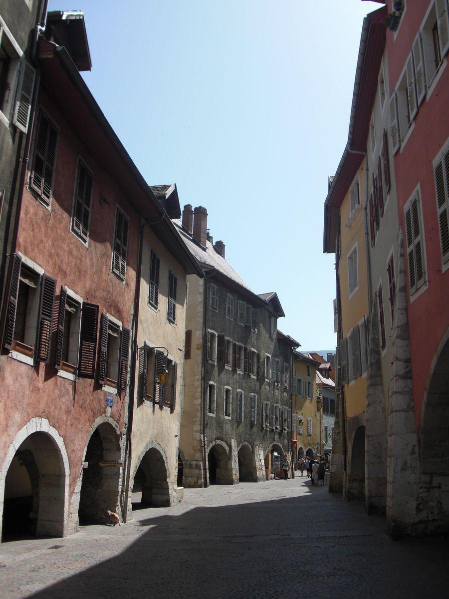 Rue Sainte-Claire_Annecy