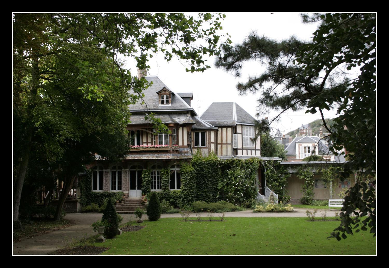 CLOS ARSÈNE LUPIN - Maison MAURICE BlaNC_Étretat