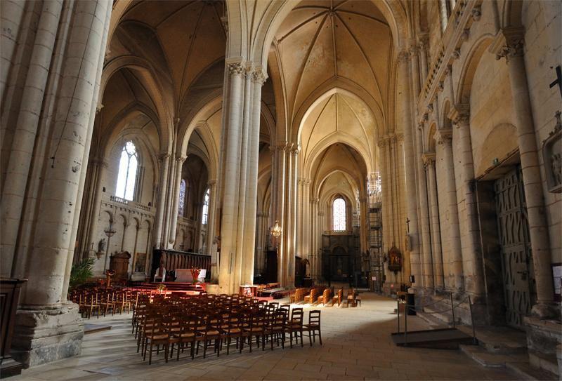 Cathédrale Saint-Pierre_Poitiers