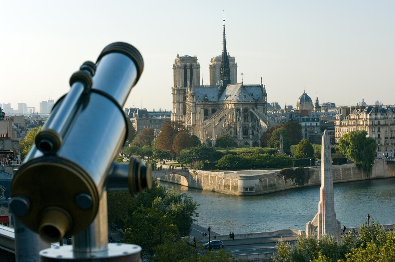 Point de vue de la terrasse de l'Institut du Monde Arabe_Par