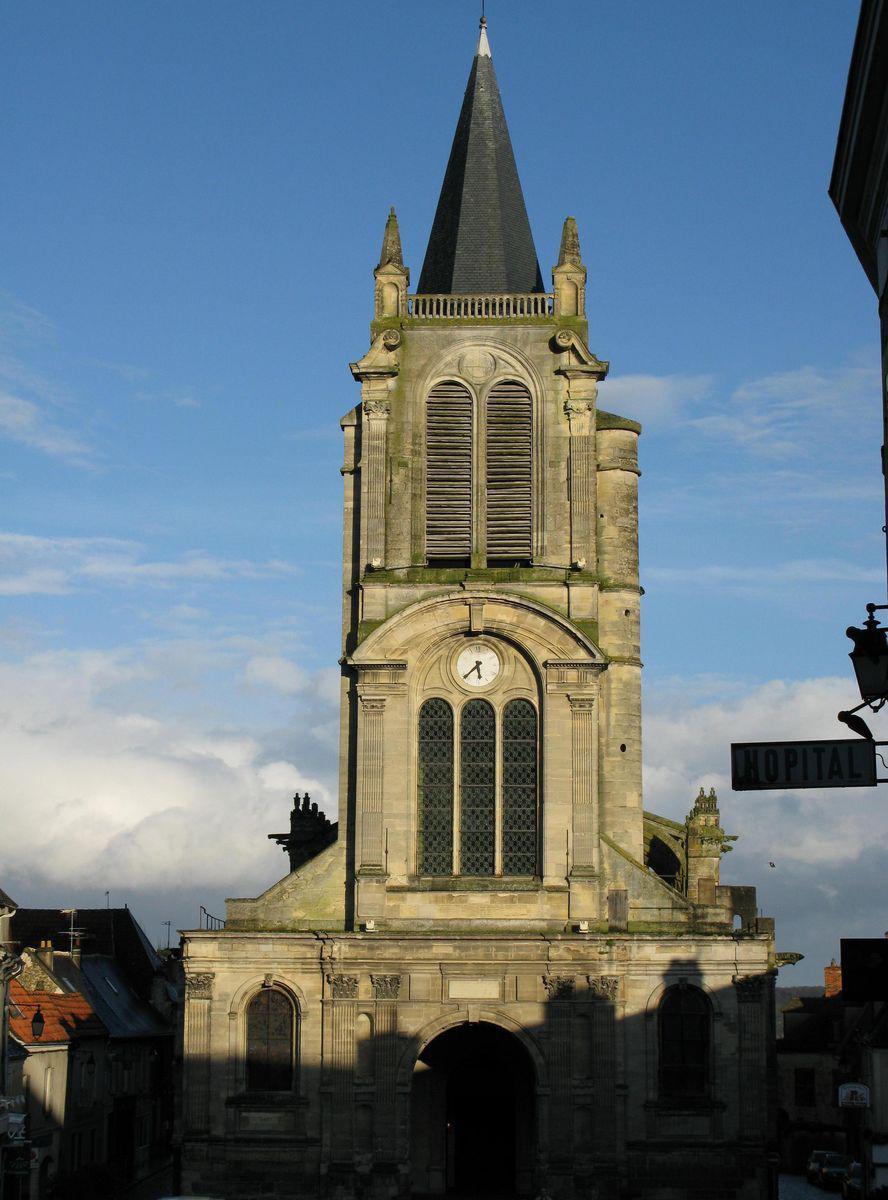 Église Saint-Pierre_Montfort-l'Amaury
