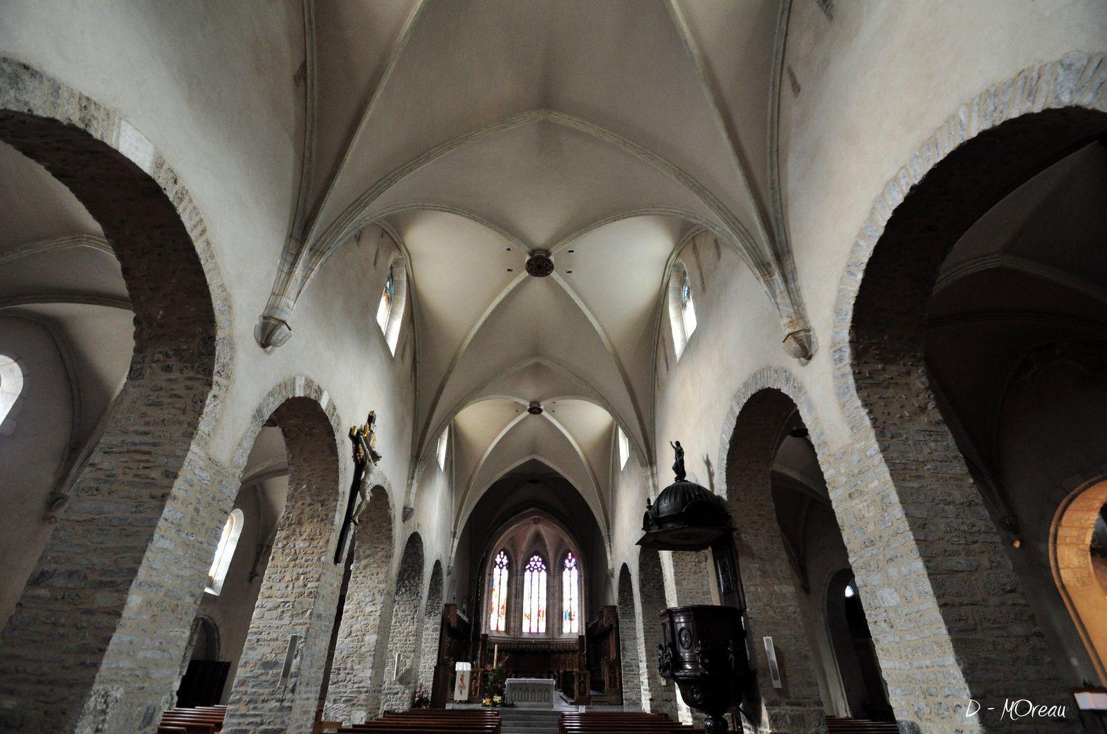 Cathédrale, Cloître et Crypte_Saint-Jean-de-Maurienne (1)