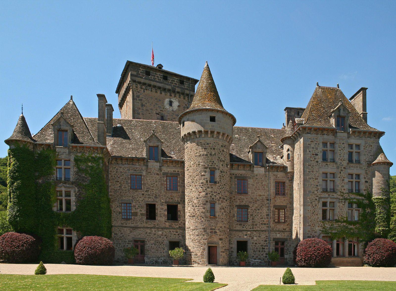 Château de PESTEILS_Polminhac