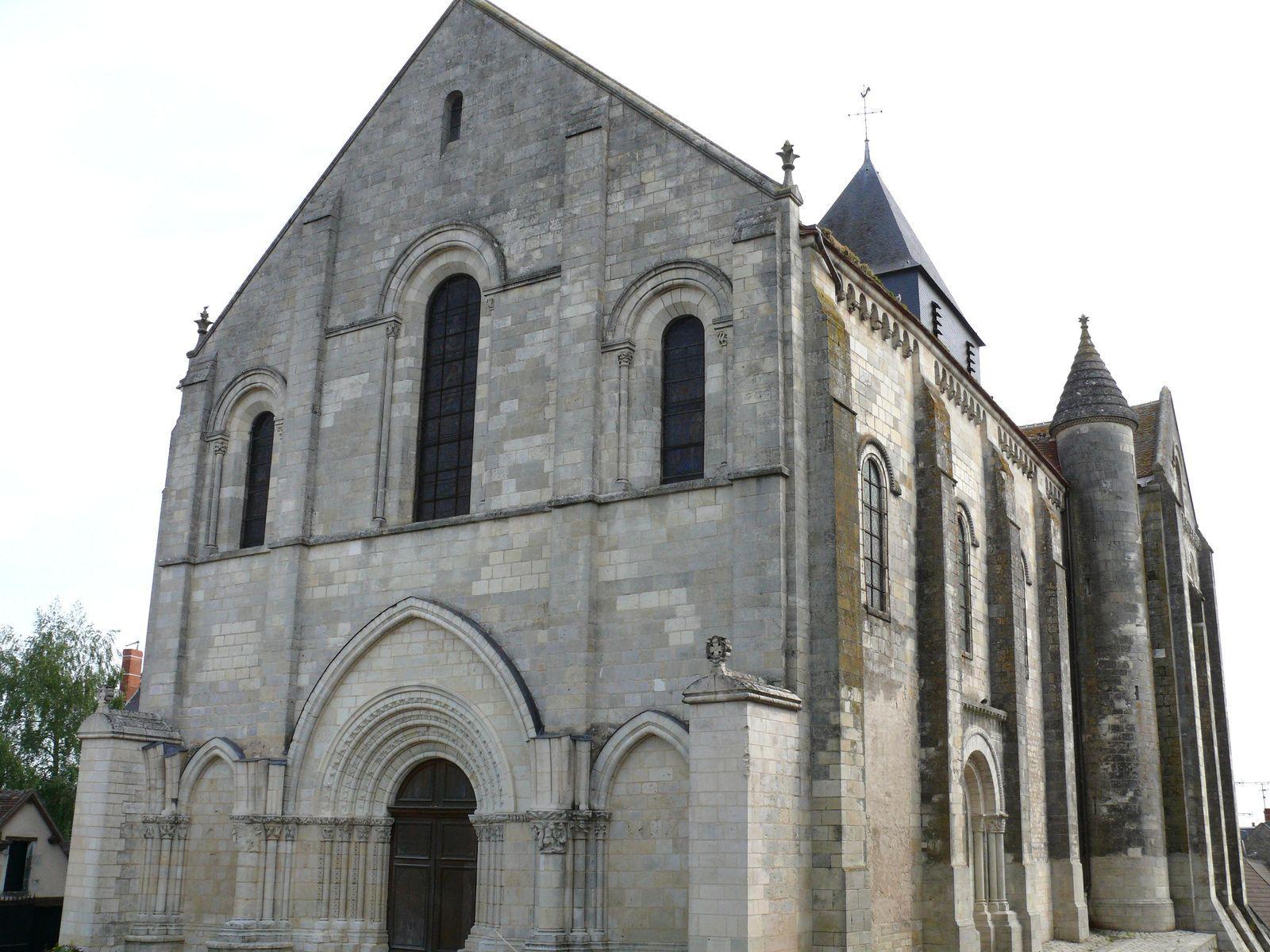 Église Notre-Dame - Ancienne Collégiale Saint-Outrille_Châti