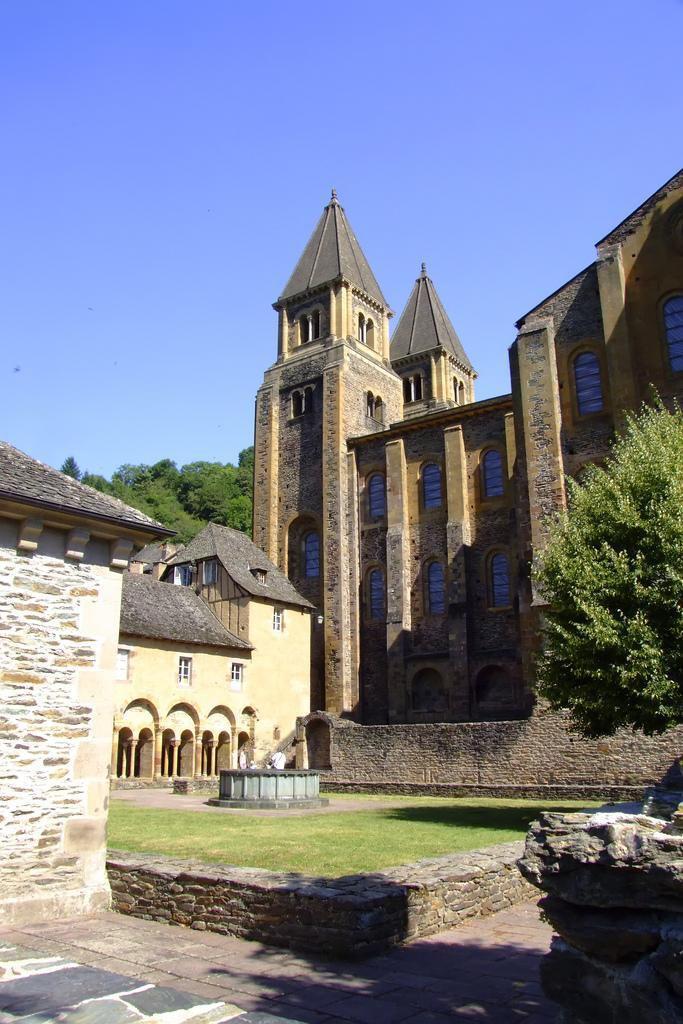Abbatiale Sainte Foy_Conques (1)
