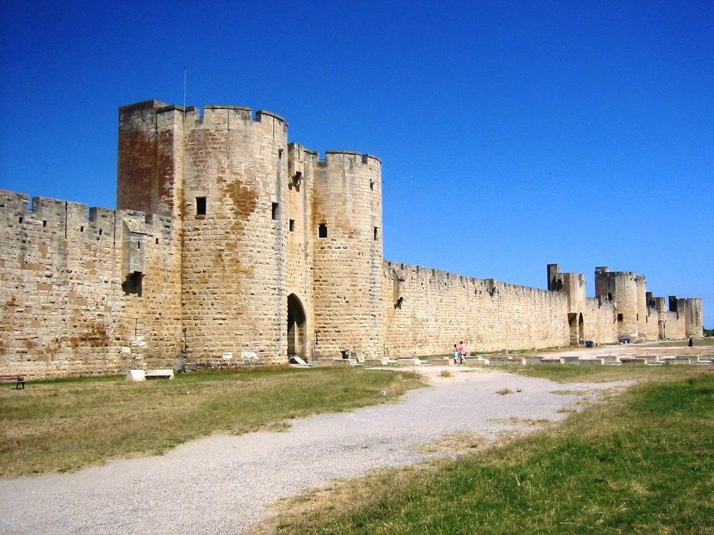 Tours et remparts_Aigues-Mortes