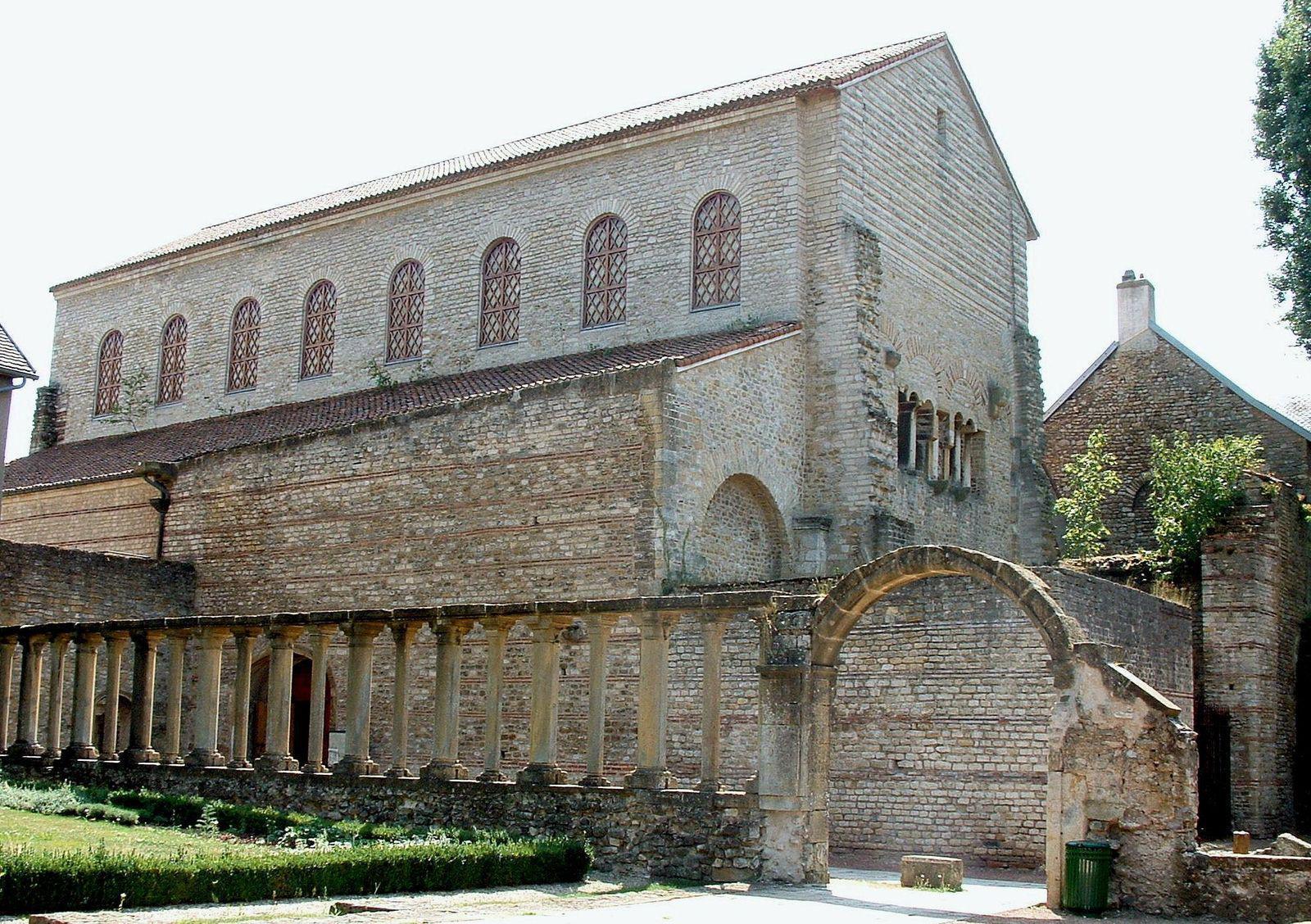 Église Saint-Pierre aux NONNAINS_Metz