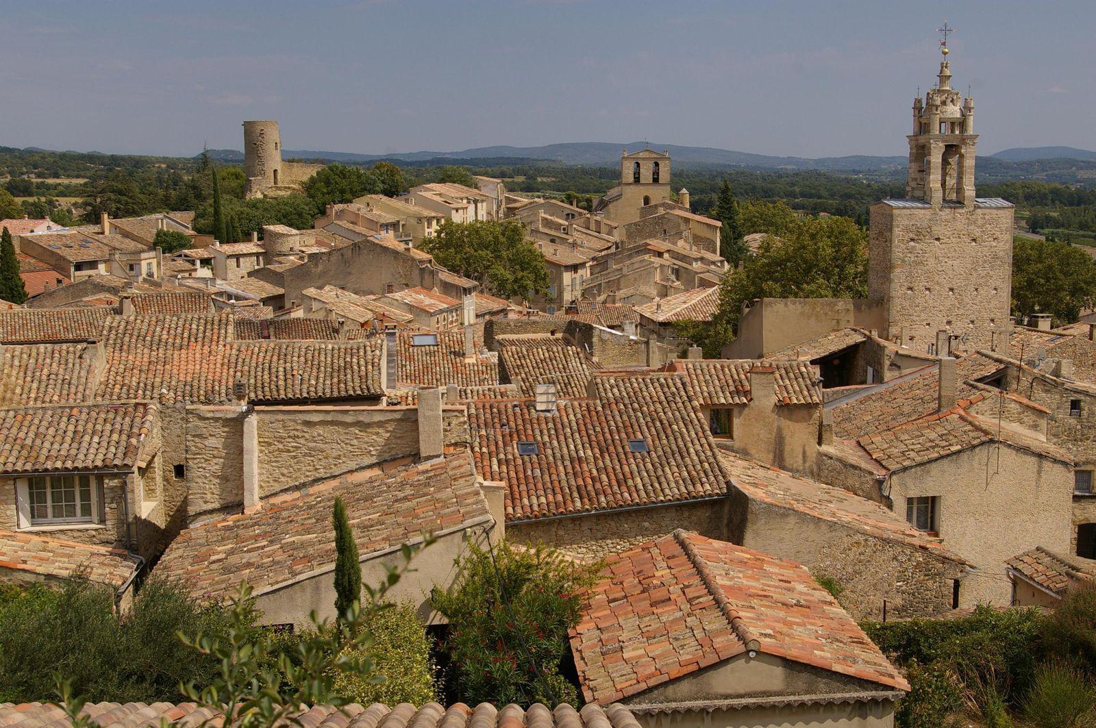 Toits de maison - Cucuron (84160), Luberon, Vaucluse (84)