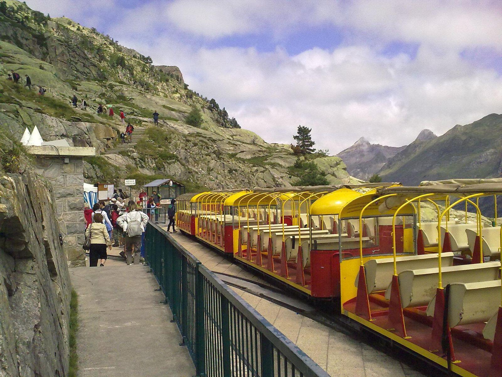 Petit train de la Sagette au Lac d'artouste_Laruns