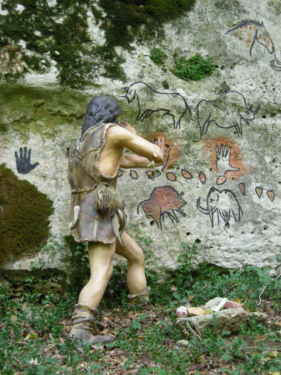 Grottes du Roc de Cazelle_Les Eyzies-de-Tayac-Sireuil (1)
