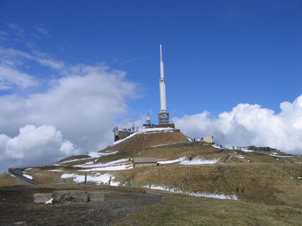 Accès au Sommet du Puy de Dôme_Clermont-Ferrand