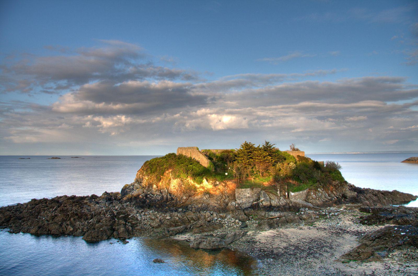 Image : Île de la Comtesse, Pointe du Sémaphore,