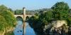Pont médiéval sur le Gave de Pau à Orthez