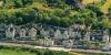 Vue aérienne de maisons troglodytes dans le Saumurois