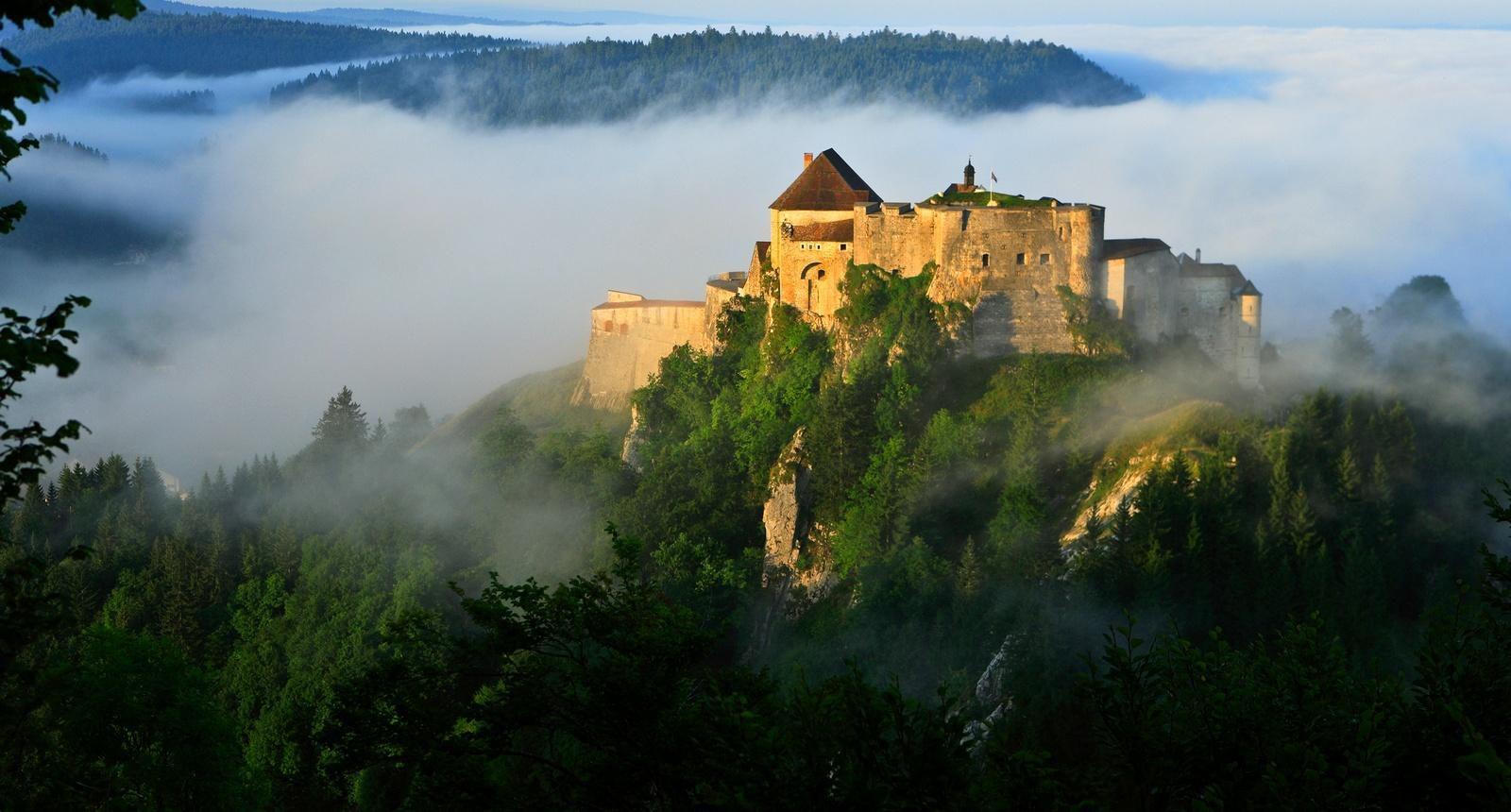 Château de Joux, Haut-Doubs (Franche-Comté)