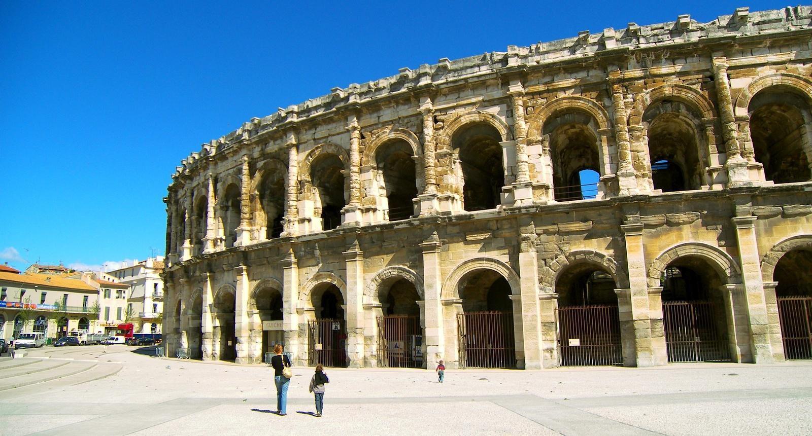 Les arènes de Nîmes, Costières (Languedoc-Roussillon)
