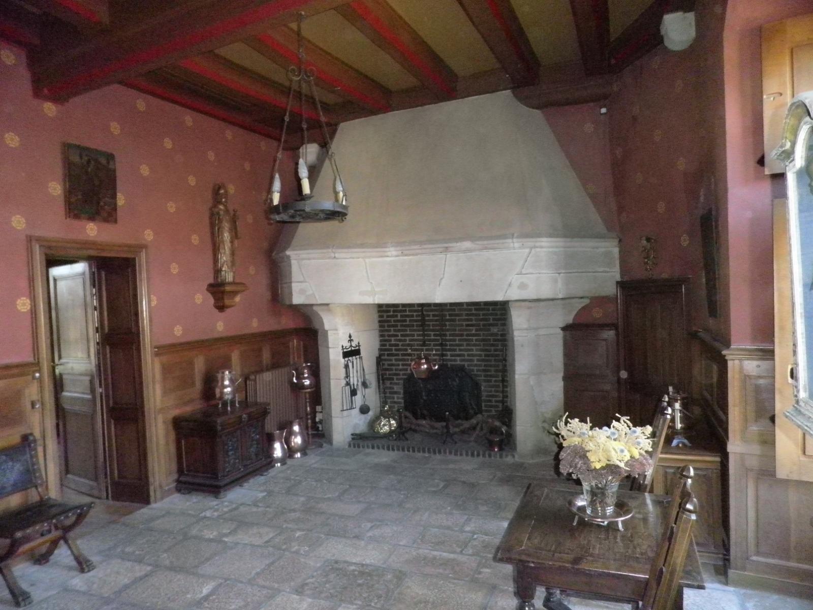 Ancienne cuisine (XIVe siècle)