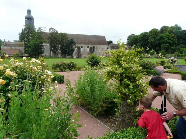 Image : Jardins thématiques de Abbaye de Thiron-Gardais