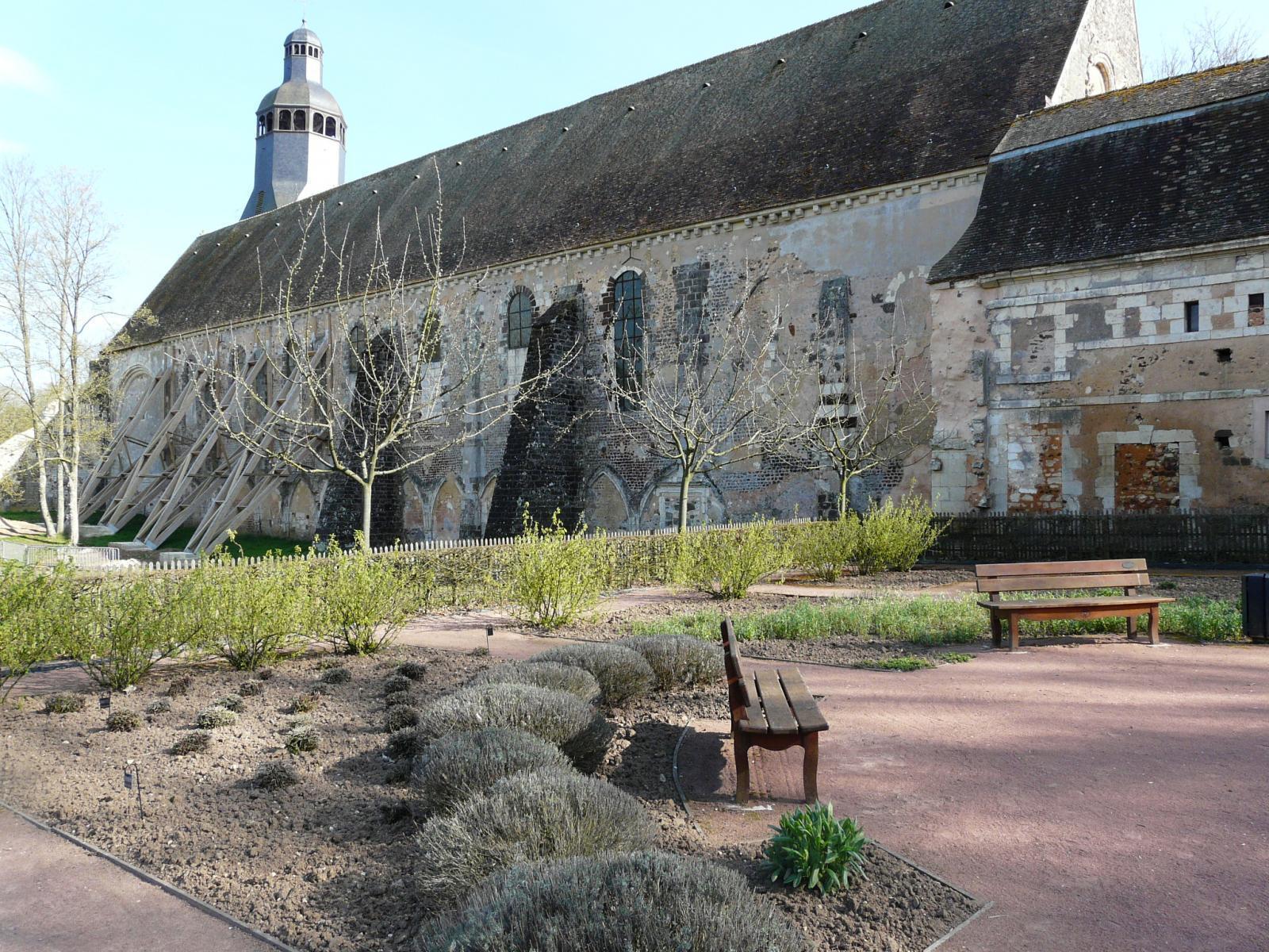 Image : Église Abbatiale de Thiron-Gardais