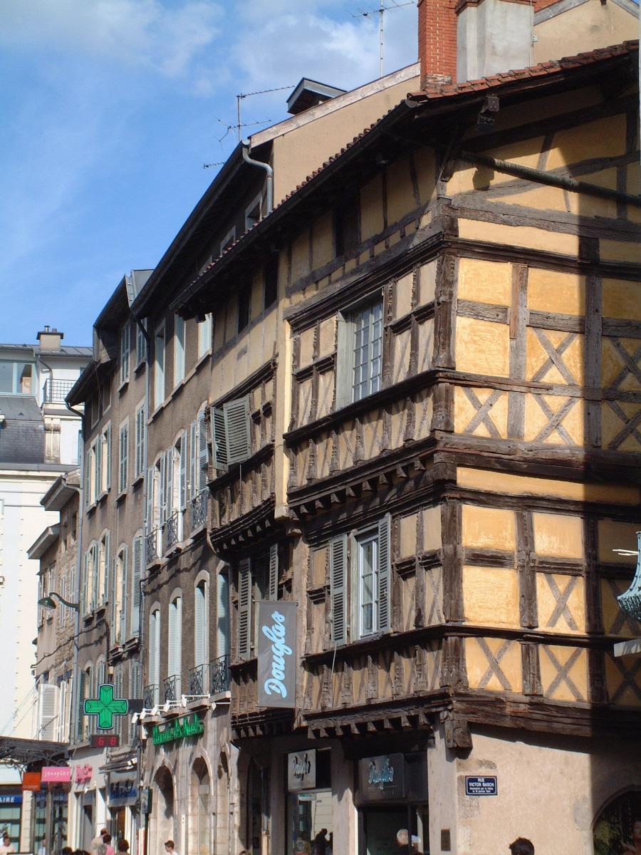 Maisons à collombages dans le centre historique de Bourg-en-Bresse