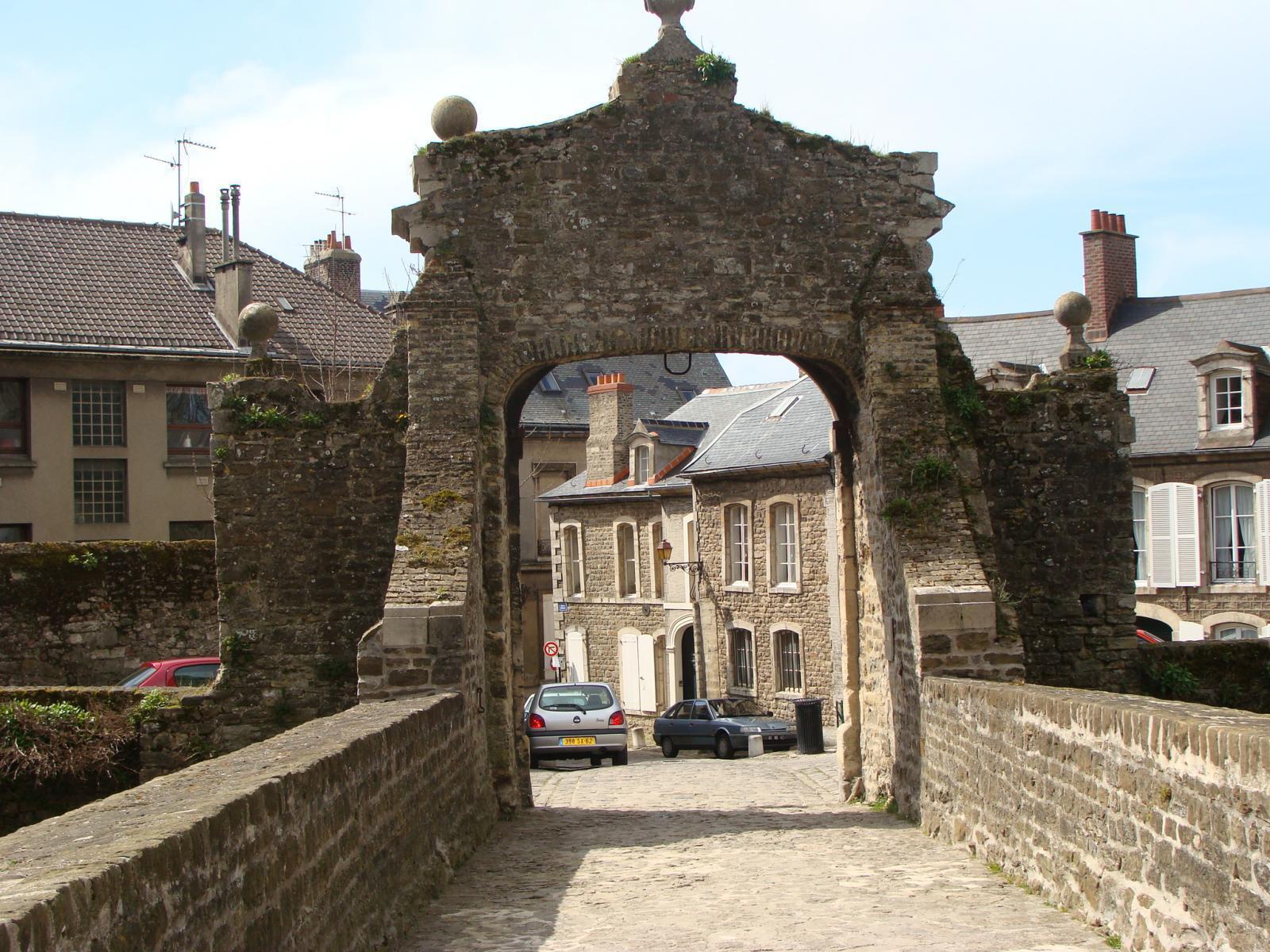 Entrée du chateau : le Pont Levis