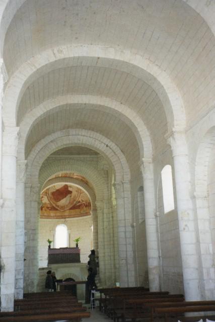 Eglise de Tavant ,habillée de fresques