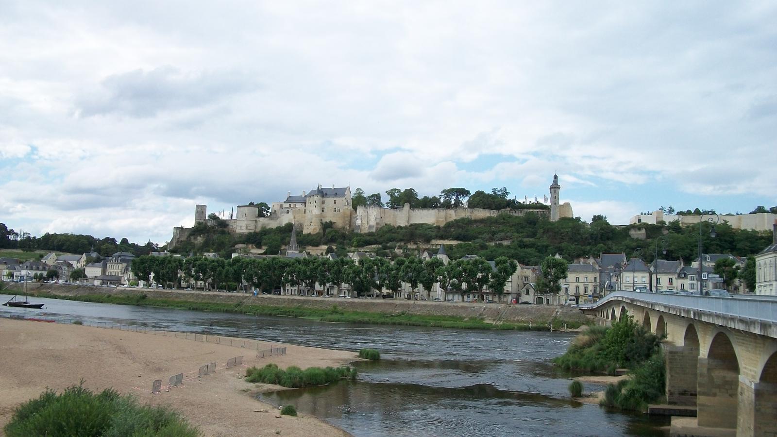 Chinon - le château
