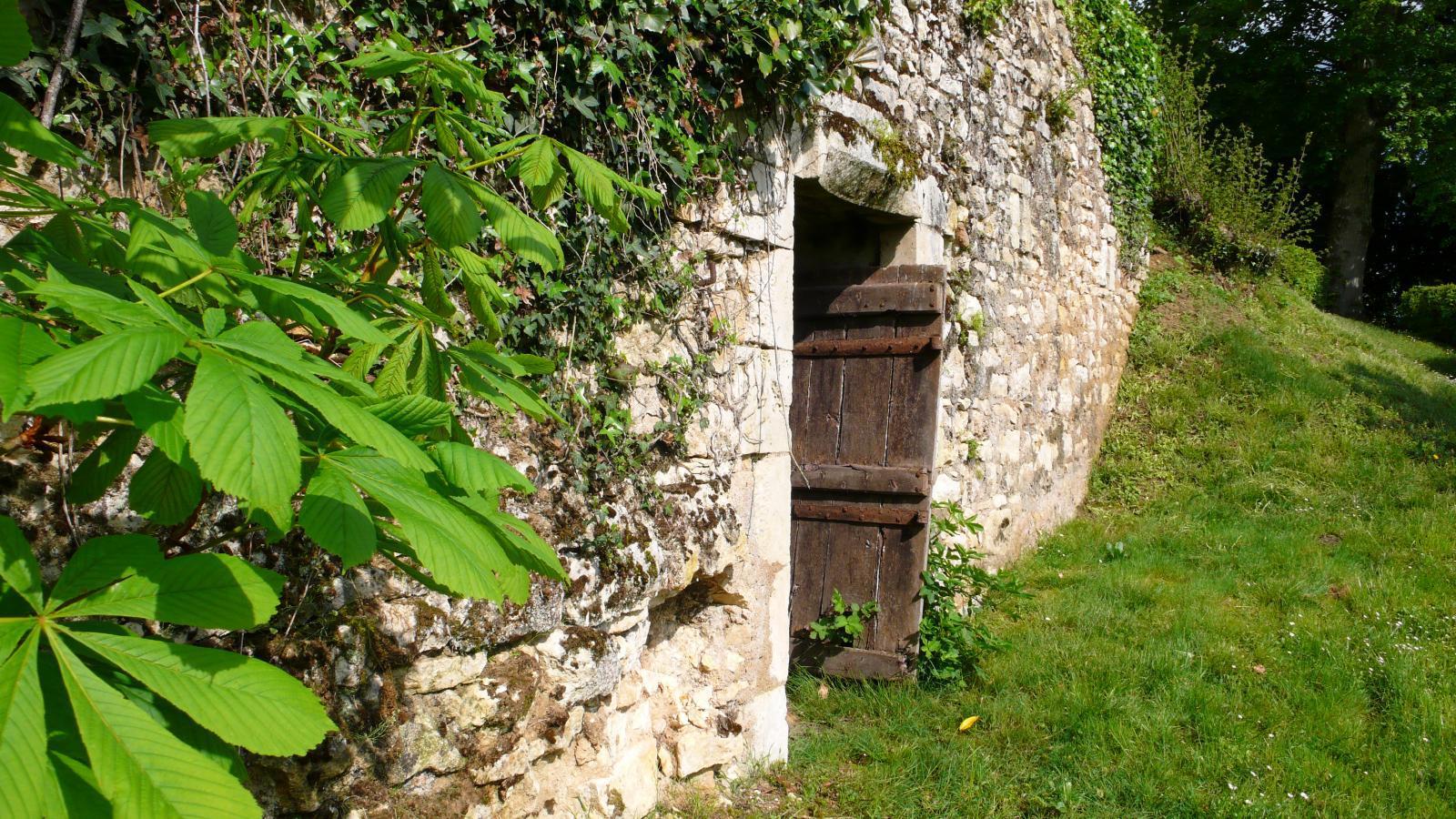 cave voutée de l'ancien manoir.jpg