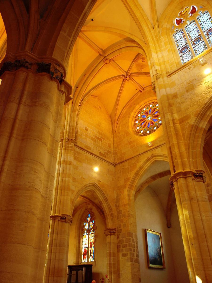 Croisée du transept à Ambierle