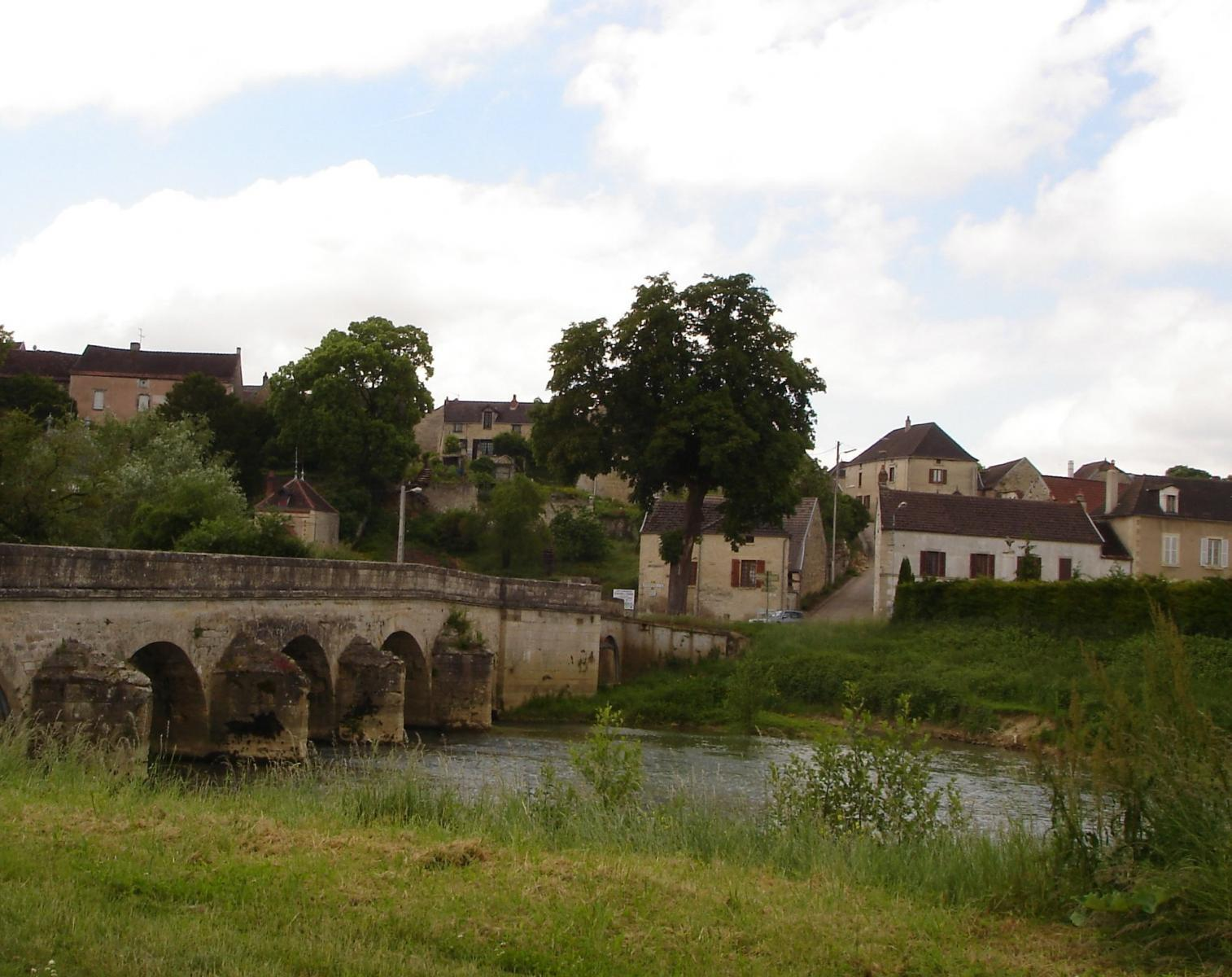 le pont de Pacy 16ème