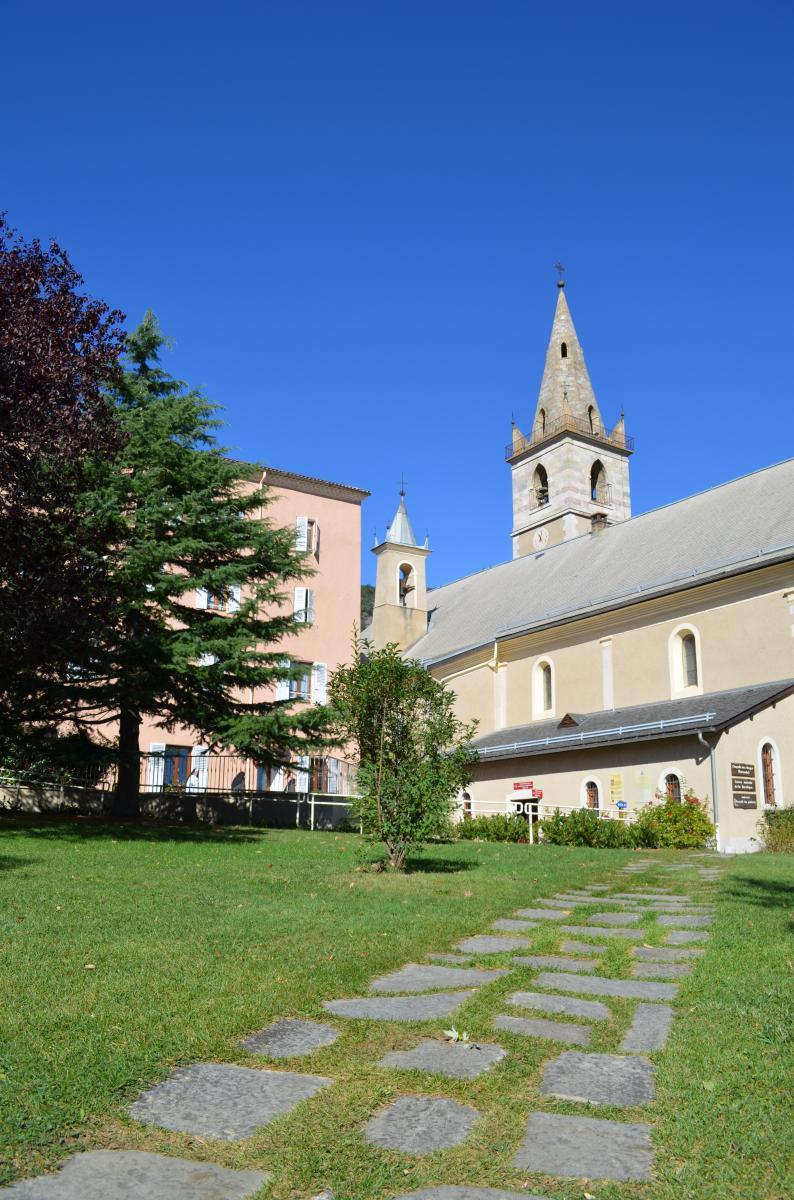 La basilique Notre-Dame du Laus