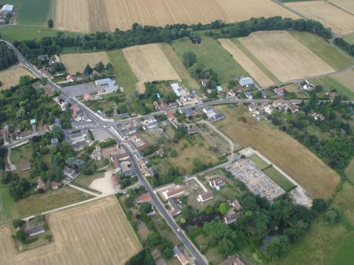 vue aérienne du village de Germigny-des-Prés