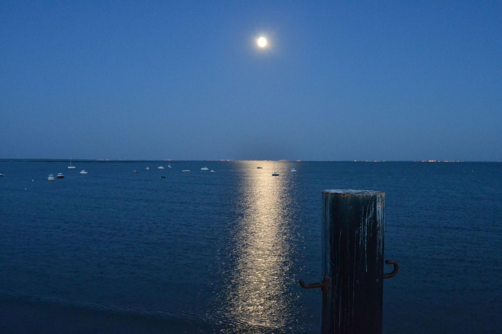 le ponton la nuit