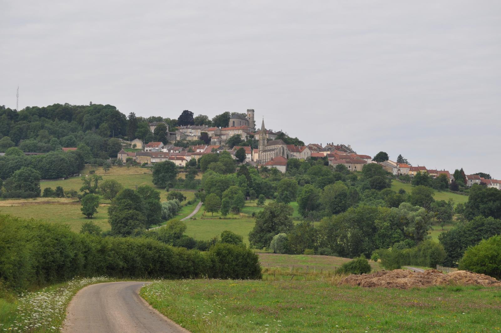 Villes villages hameaux d couvrir haute marne 52 for 52 haute marne