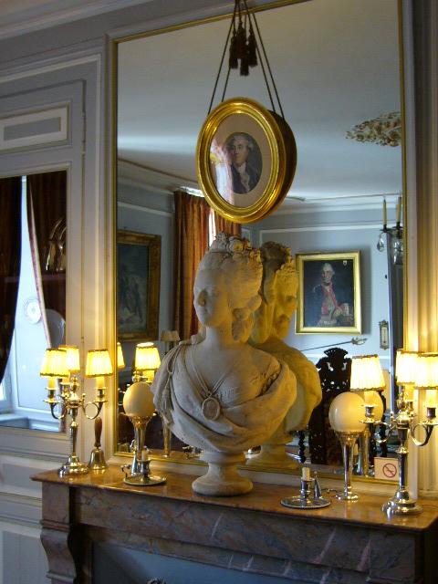 buste de la reine marie antoinette au chateau de La Montchevalleraie, Aviré, 4 k