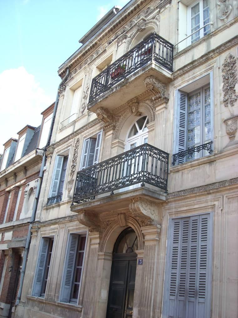 Façade maison classée rue H-Martin