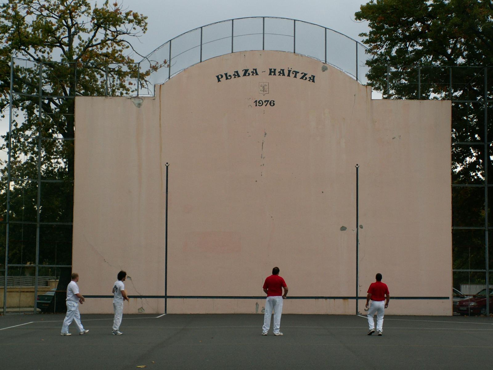Cestas France  city pictures gallery : 52551 379 fronton cestas pelote basque fronton de cestas