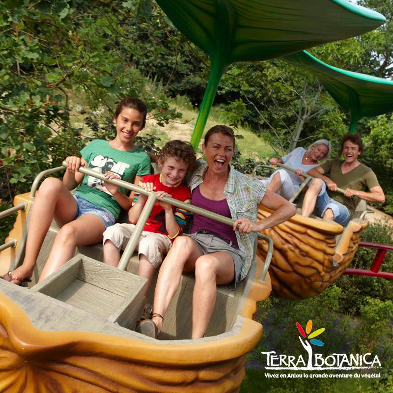 La balade des cimes au parc à thème Terra Botanica