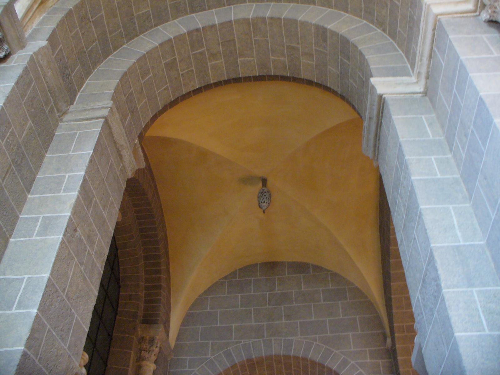 clef de voute en stuc 3ème travée