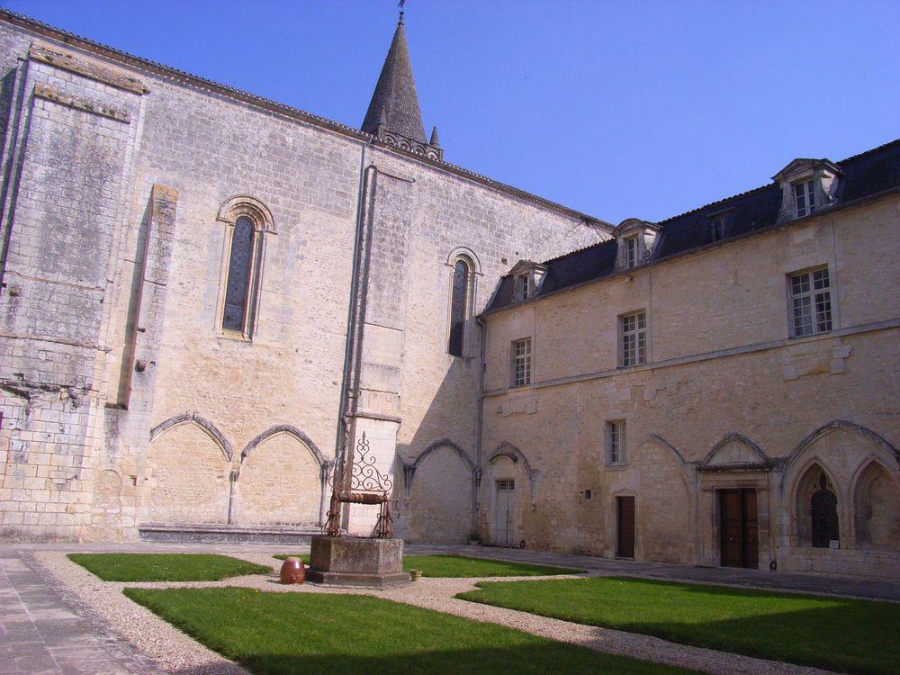 Bassac_Abbaye-14