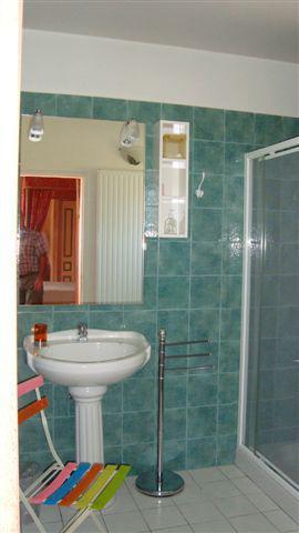 gîte salle de bains.JPG