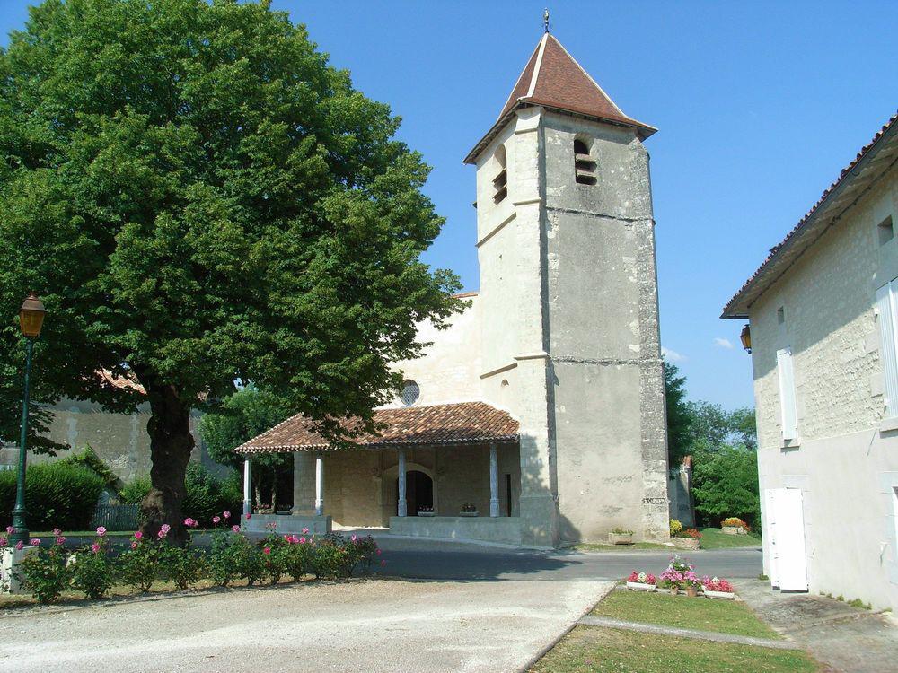 Eglise St Pierre et Ste Radegonde